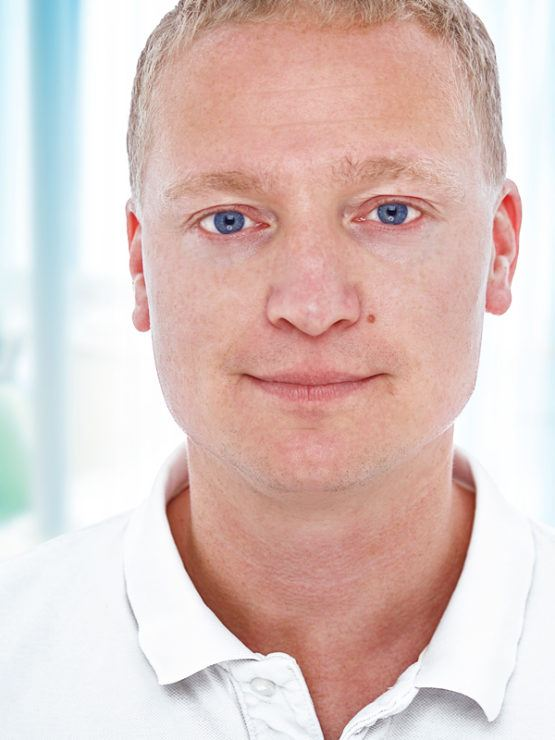 Kees van Bueren tandarts van de veer